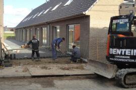 Plaatsen terrassen aan nieuwbouwwoningen